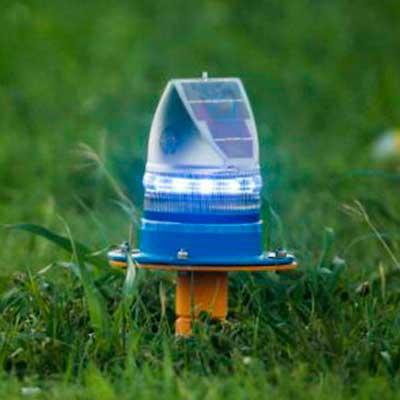AV-70 Solar Aviation Light installation
